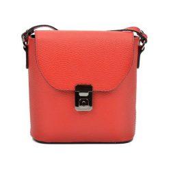 Torebki klasyczne damskie: Skórzana torebka w kolorze czerwonym – (S)21 x (W)22 x (G)7,5 cm