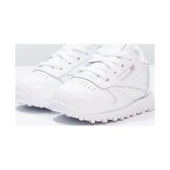 Reebok Classic CLASSIC Tenisówki i Trampki white. Białe trampki chłopięce marki Reebok Classic, z gumy. W wyprzedaży za 161,10 zł.