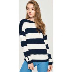 Sweter ze sznurowaniem na rękawach - Wielobarwn. Szare swetry klasyczne damskie Sinsay, l, ze sznurowanym dekoltem. Za 49,99 zł.