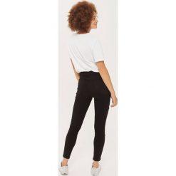 Topshop FISHNET JAMIE Jeans Skinny Fit black. Czarne jeansy damskie marki Topshop. W wyprzedaży za 231,20 zł.