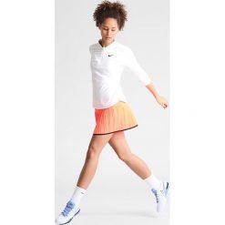 Nike Performance PURE Koszulka sportowa blanc. Białe topy sportowe damskie Nike Performance, m, z elastanu. W wyprzedaży za 175,20 zł.