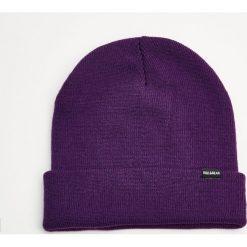 Czapka basic. Szare czapki damskie marki Pull & Bear, okrągłe. Za 29,90 zł.