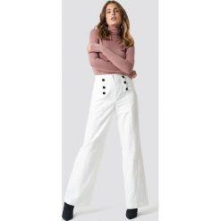 Spodnie damskie: Trendyol Spodnie z guzikami - White