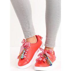 Czerwone Buty Sportowe Sweet Fantasy. Czerwone buty sportowe damskie marki KALENJI, z gumy. Za 59,99 zł.