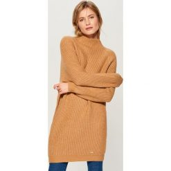 Długi sweter z półgolfem - Beżowy. Brązowe swetry klasyczne damskie Mohito, l. Za 149,99 zł.