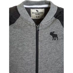 Abercrombie & Fitch MIXED QUILTED  Bluza rozpinana grey. Niebieskie bluzy chłopięce rozpinane marki Abercrombie & Fitch. W wyprzedaży za 143,40 zł.