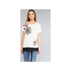 T-shirty z krótkim rękawem Desigual  RICOLUEA. Białe t-shirty damskie marki Desigual, l. Za 168,35 zł.