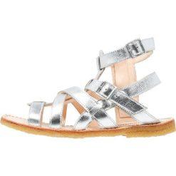 ANGULUS Sandały silver. Szare sandały chłopięce ANGULUS, z materiału, z otwartym noskiem. W wyprzedaży za 343,85 zł.