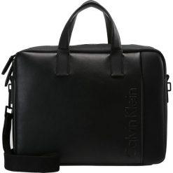 Calvin Klein ELEVATED LOGO Aktówka black. Czarne aktówki męskie marki Calvin Klein. W wyprzedaży za 440,30 zł.