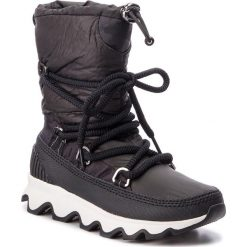 Śniegowce SOREL - Kinetic Boot NL3101 Black/White 010. Czarne buty zimowe damskie Sorel, z materiału, na niskim obcasie. Za 699,99 zł.