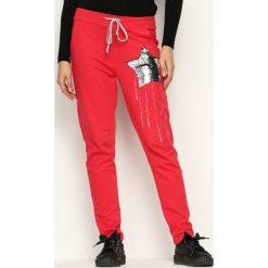 Spodnie dresowe damskie: Czerwone Spodnie Dresowe Star