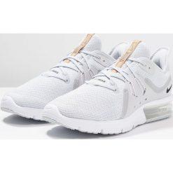 Nike Performance AIR MAX SEQUENT 3 Obuwie do biegania treningowe pure platinum/black/white. Szare buty do biegania męskie marki Nike Performance, z materiału. Za 459,00 zł.
