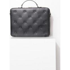 Torba. Czarne torby na laptopa marki Simple. Za 1149,90 zł.