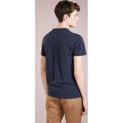 aa6a2fc4e4abb ... T-shirty męskie  J.CREW BROKEN IN TEE SLIM FIT Tshirt basic navy