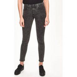 Jegginsy - Szary. Szare legginsy Sinsay, z jeansu. Za 49,99 zł.
