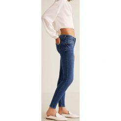 Mango - Jeansy Kim. Szare jeansy damskie rurki marki Mango, l, z dzianiny. Za 119,90 zł.