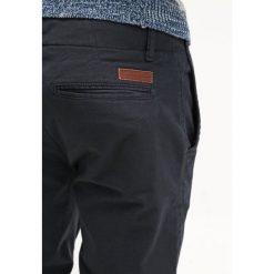 Chinosy męskie: Knowledge Cotton Apparel PISTOL JOE Spodnie materiałowe total eclipse