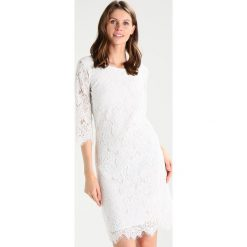 Sukienki hiszpanki: Soyaconcept ALLISON Sukienka letnia offwhite