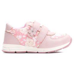 Różowe Buty Sportowe Flower Time. Czerwone buciki niemowlęce marki Born2be, z okrągłym noskiem, na obcasie, na rzepy. Za 79,99 zł.
