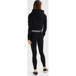 Bluzy damskie: Superdry GRAPHIC HEM HOOD Bluza z kapturem black