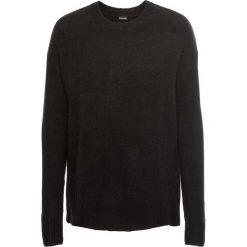 """Sweter """"boxy"""" bonprix czarny. Czarne swetry klasyczne damskie bonprix. Za 49,99 zł."""