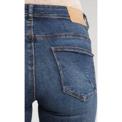 Vero Moda VMSEVEN CONTRAST Jeans Skinny Fit dark blue denim. Niebieskie jeansy damskie relaxed fit Vero Moda. W wyprzedaży za 143,20 zł.