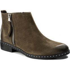Botki CARINII - B4191 I43-000-PSK-C63. Zielone buty zimowe damskie Carinii, z materiału, na obcasie. W wyprzedaży za 219,00 zł.