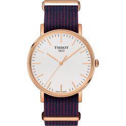 RABAT ZEGAREK TISSOT Everytime T109.410.38.031.00. Białe zegarki męskie marki TISSOT, ze stali. W wyprzedaży za 968,00 zł.