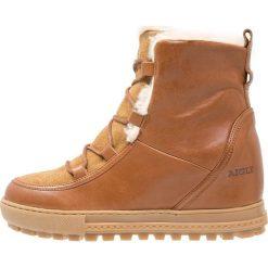 Aigle LAPONWARM Ankle boot camel. Brązowe buty zimowe damskie Aigle, z materiału. Za 679,00 zł.