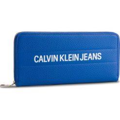 Duży Portfel Damski CALVIN KLEIN JEANS - Logo Banner Large Ziparound K40K400840 455. Niebieskie portfele damskie Calvin Klein Jeans, z jeansu. Za 299,00 zł.