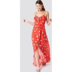 Trendyol Sukienka midi z guzikami - Red. Szare długie sukienki marki Trendyol, na co dzień, z elastanu, casualowe, dopasowane. Za 100,95 zł.