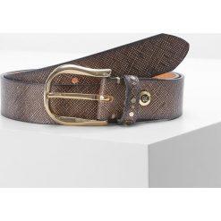 B.belt Pasek taupe. Szare paski damskie marki b.belt, w paski, z materiału. W wyprzedaży za 363,35 zł.