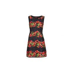 Sukienki krótkie Derhy  BIARRITZ. Czerwone sukienki mini marki Guess, l. Za 455,20 zł.