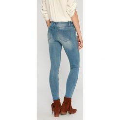 Answear - Jeansy. Niebieskie jeansy damskie rurki ANSWEAR, z bawełny. W wyprzedaży za 89,90 zł.