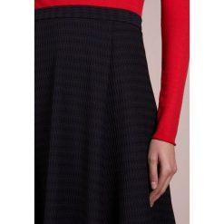 MAX&Co. CORNER Spódnica trapezowa navy blue. Niebieskie spódniczki trapezowe MAX&Co., xl, z elastanu. Za 769,00 zł.