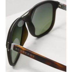 Burberry Okulary przeciwsłoneczne green/polar green. Czarne okulary przeciwsłoneczne damskie marki Burberry. Za 1009,00 zł.