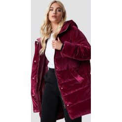 NA-KD Aksamitna kurtka - Pink,Burgundy. Czerwone kurtki damskie NA-KD, z materiału. Za 404,95 zł.