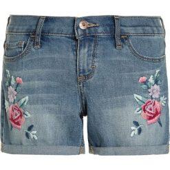 Abercrombie & Fitch MIDI INSERT Szorty jeansowe blue denim. Niebieskie spodenki chłopięce Abercrombie & Fitch, z bawełny. Za 149,00 zł.