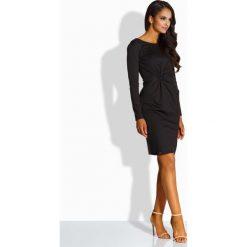 Elegancka dopasowana sukienka czarna AMBER. Brązowe długie sukienki marki Lemoniade, z klasycznym kołnierzykiem. Za 119,00 zł.