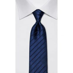 Krawaty męskie: Jedwabny krawat w kolorze granatowym – szer. 8 cm