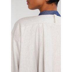Płaszcze damskie pastelowe: And Less Płaszcz wełniany /Płaszcz klasyczny moonbeam