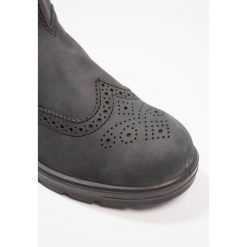 Blundstone CLASSIC WINGCAP Botki rustic black. Czarne botki damskie skórzane marki Blundstone, klasyczne. Za 829,00 zł.