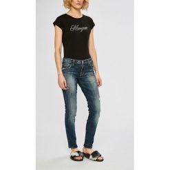 Guess Jeans - Jeansy. Niebieskie jeansy damskie rurki Guess Jeans, z aplikacjami, z bawełny. Za 549,90 zł.