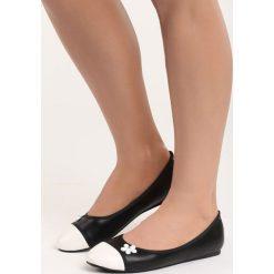 Czarne Balerinki White Daisy. Białe baleriny damskie marki Born2be, ze skóry, na płaskiej podeszwie. Za 49,99 zł.