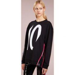 KARL LAGERFELD TERRY Bluza black /white. Czarne bluzy rozpinane damskie KARL LAGERFELD, l, z bawełny. Za 739,00 zł.