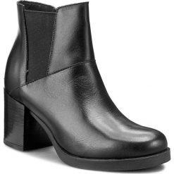 Botki KONDOR - Rizzoli 6591745 Rio Nero. Czarne buty zimowe damskie Kondor, z materiału, na obcasie. W wyprzedaży za 259,00 zł.