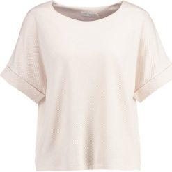 T-shirty damskie: Betty & Co Tshirt z nadrukiem white pearl