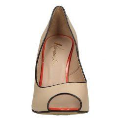CZÓŁENKA KANIOWSKI K-0707. Brązowe buty ślubne damskie Casu, na koturnie. Za 249,99 zł.