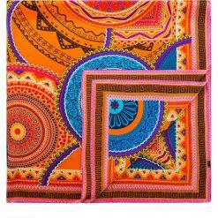 Chusta damska 84-7D-S31-X12. Czerwone chusty damskie Wittchen, z aplikacjami, z materiału. Za 249,00 zł.