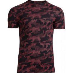 T-shirt męski TSM602 - czerwony - Outhorn. Czerwone t-shirty męskie Outhorn, na lato, m, moro, z bawełny. W wyprzedaży za 39,99 zł.